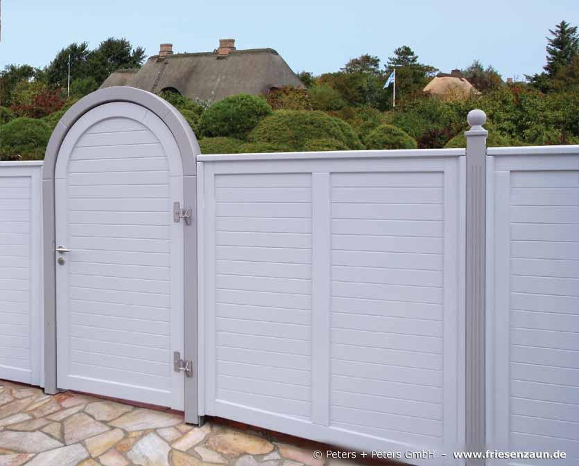 anspruchsvoller sichtschutz f r ihre terrasse hartholz. Black Bedroom Furniture Sets. Home Design Ideas