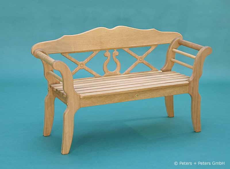 kleine wei e gartenbank 154423 eine. Black Bedroom Furniture Sets. Home Design Ideas