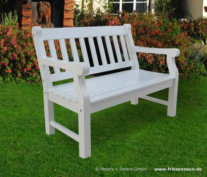 Gartenbank holz weiß  Wooden Garden Benches and Garden Furniture, painted white in a ...