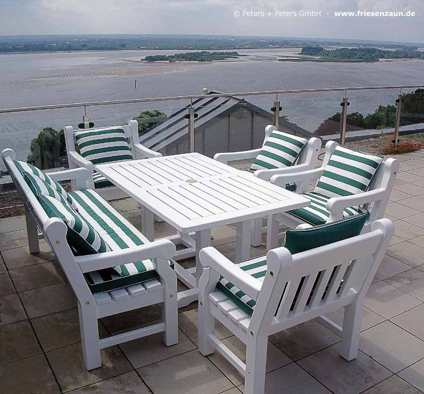 Wooden Garden Benches and Garden Furniture, painted white in a ...